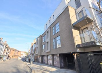 Thumbnail 3 bed flat to rent in Brent Street, Hendon, London