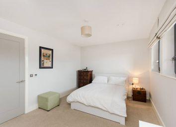 Thumbnail 1 bed flat to rent in Wimbledon, Wimbledon