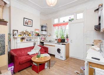Thumbnail Studio to rent in Englewood Road, London