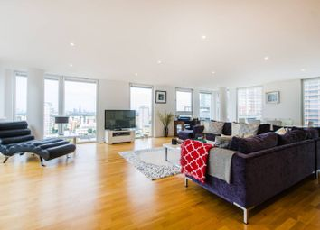 Thumbnail 2 bedroom flat to rent in Quadrant Walk, Canary Wharf