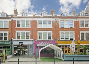 Thumbnail 4 bed flat for sale in Cavendish Parade, Clapham South