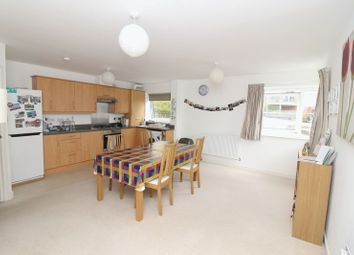 Thumbnail 2 bed flat to rent in Mckay Avenue, Torquay