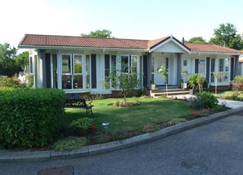 Thumbnail 2 bed mobile/park home for sale in Burwash Park, Fontridge Lane, Etchingham