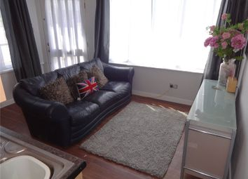Thumbnail 2 bed flat to rent in Wallace Road, Selly Park, Birmingham