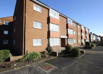 Thumbnail 2 bed flat to rent in 189 Kingston Road, Willerby