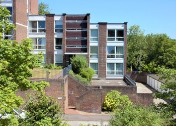 Thumbnail 2 bed flat for sale in Hartslock Court Shooter's Hill, Pangbourne, Reading