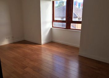 Thumbnail 2 bed flat to rent in Robertson Street, Dundee
