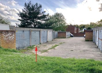 Thumbnail Property for sale in Pinewood Park, Farnborough