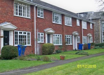 1 bed maisonette to rent in Ray Lea Road, Maidenhead SL6