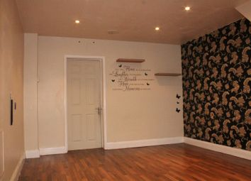 Thumbnail 4 bed property to rent in Central Avenue, Enfield