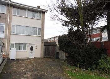Thumbnail 6 bed town house to rent in Yale Way, Hornchurch