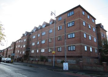 2 bed flat to rent in Mumby Road, Gosport PO12