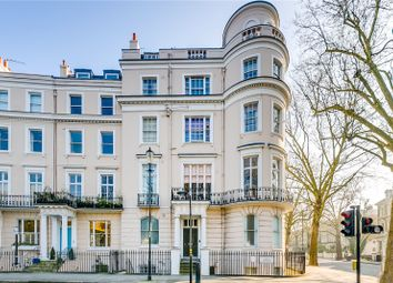 Thumbnail 2 bed flat for sale in Royal Crescent, London