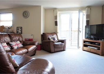 Thumbnail 2 bed flat for sale in Coppetts Road, London