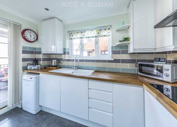Thumbnail 1 bedroom flat for sale in Oakmead Green, Epsom