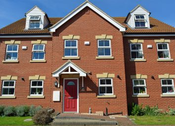 Thumbnail 3 bed town house for sale in Old School Close, Brigg