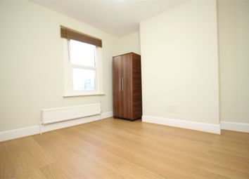 Thumbnail 2 bed flat to rent in Etchingham Road, London