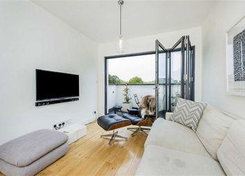 Thumbnail Flat for sale in Bronsart Road, Fulham, London