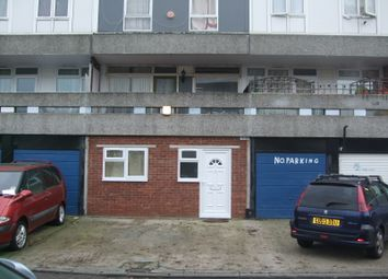 Thumbnail Studio to rent in Holstein Way, Erith, Kent