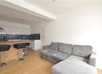 Thumbnail 1 bedroom flat to rent in Banstead Road, Purley, Surrey