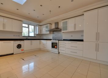 5 bed property to rent in High Worple, Rayners Lane, Middlesex HA2