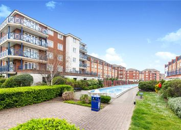 St Kitts Drive, Eastbourne, East Sussex BN23. 2 bed flat