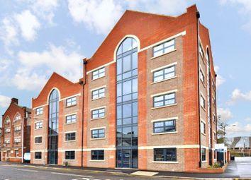Thumbnail 3 bed flat to rent in John Street, Luton
