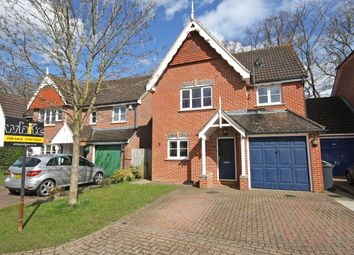 Thumbnail 3 bed detached house for sale in Clifton Close, Horley