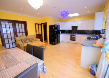 Thumbnail 6 bed end terrace house to rent in Kensington Drive, Woodford Bridge