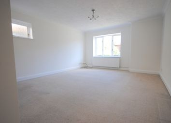Thumbnail 2 bedroom flat to rent in Gresham Road, Oxted