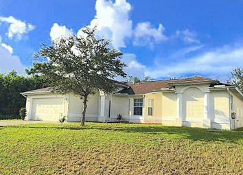 Thumbnail 3 bedroom detached house for sale in Se Glenwood Drive, Port St Lucie, Florida