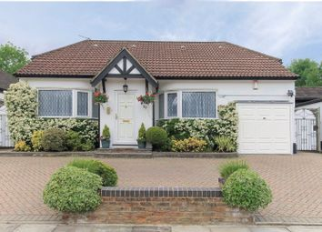 Thumbnail 3 bedroom property for sale in Highview Gardens, Edgware