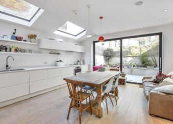 Thumbnail 3 bedroom property to rent in Hiley Road, London