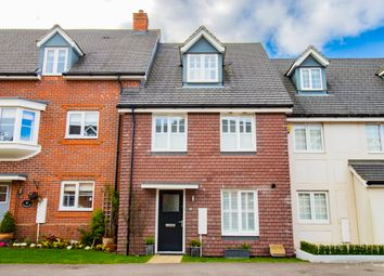 Thumbnail 3 bed town house for sale in Jubilee Drive, Church Crookham, Fleet