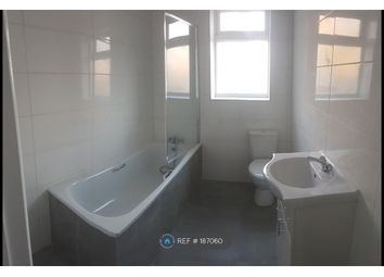 Thumbnail 2 bedroom flat to rent in Wellington Road South, Hounslow