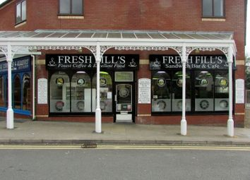 Thumbnail Restaurant/cafe for sale in 1 Spa Centre, Llandrindod Wells