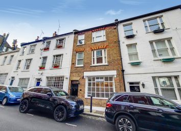 Thumbnail 1 bed flat to rent in New End, London