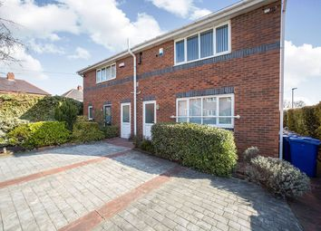 Thumbnail 1 bed flat to rent in Edwins Close, Barnsley