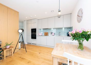 Thumbnail 2 bed flat to rent in Mapleton Crescent, London