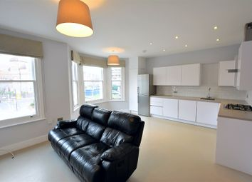 Thumbnail 2 bed flat to rent in Cavendish Road, Clapham
