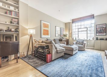 Bell Yard Mews, London SE1. 2 bed flat for sale