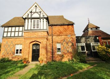 Thumbnail 4 bed detached house to rent in Aldenham Road, Elstree, Borehamwood