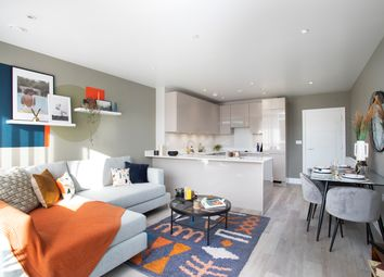 Thumbnail 2 bedroom flat for sale in Station Road, New Southgate
