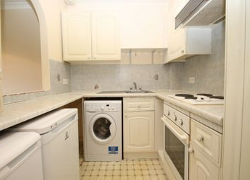 Thumbnail 1 bed flat to rent in The Dell, Pickford Road, Markyate