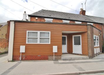 Thumbnail 1 bed flat to rent in Regent Street, Stonehouse, Gloucestershire