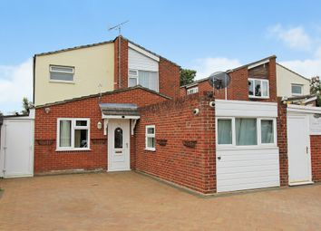 Thumbnail 5 bed detached house for sale in Acorn Avenue, Bar Hill, Cambridge