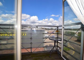 1 bed flat for sale in Kingfisher Meadow, Maidstone, Kent ME16