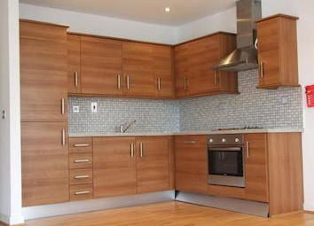 Thumbnail 6 bed terraced house to rent in Old Montuge Street, Aldgate East/Whitechapel