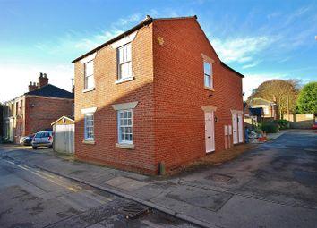 Thumbnail 2 bedroom flat to rent in Albert Street, Holbeach, Spalding