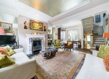 Lawrence Street, Chelsea SW3. 3 bed property